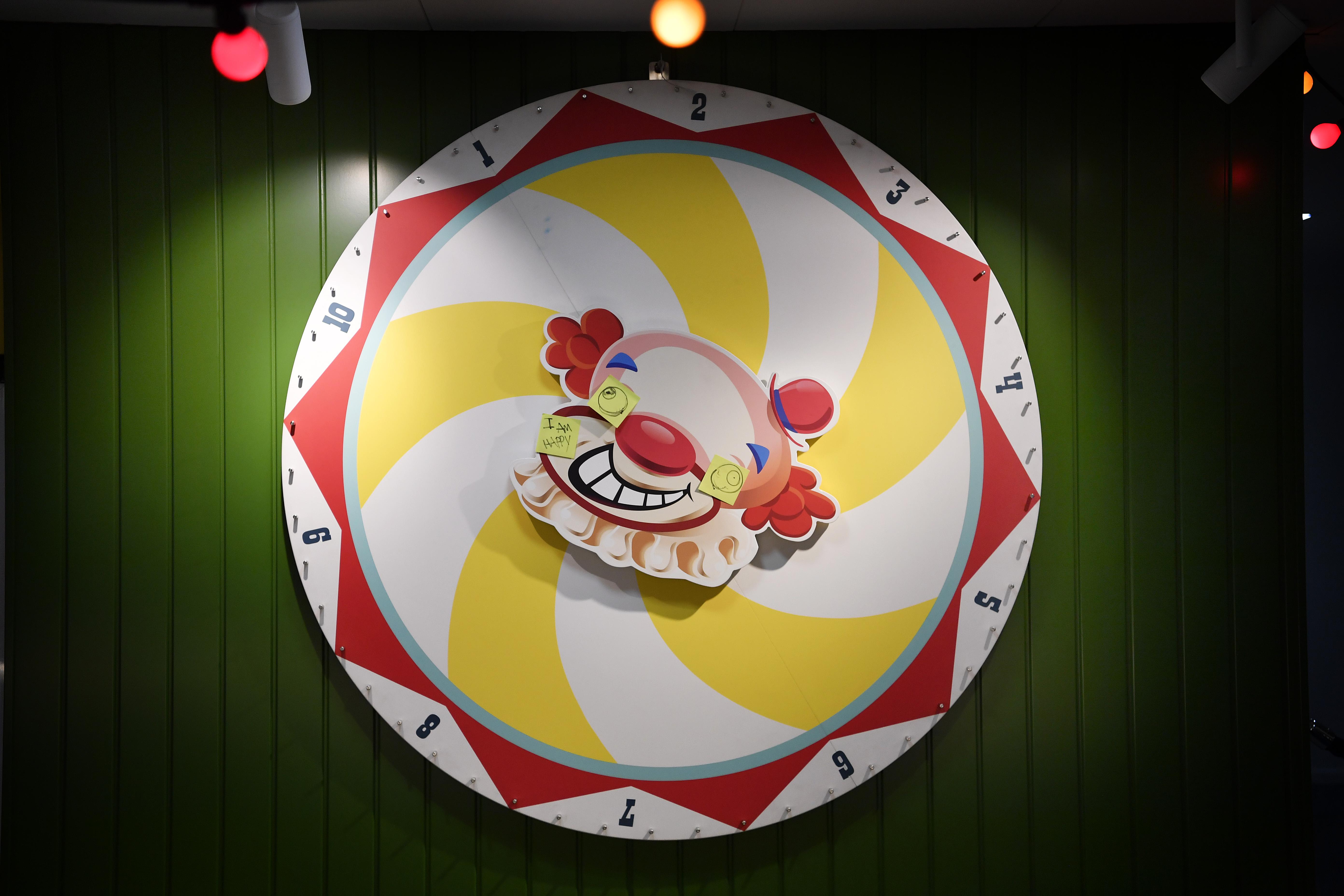 King Office Spinwheel